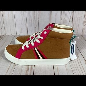 NEW Old Navy Kid's Size 4 High Top Suede Sneakers